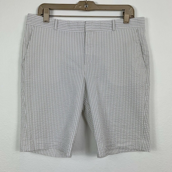 Banana Republic Pants - Banana Republic Womens 8 Shorts Striped White Gray